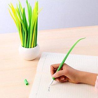 Grass blade pen