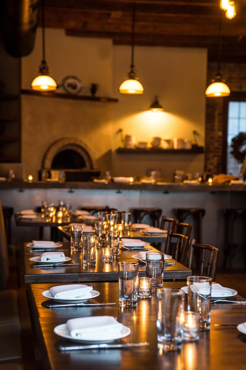 restaurant-1218743_1280